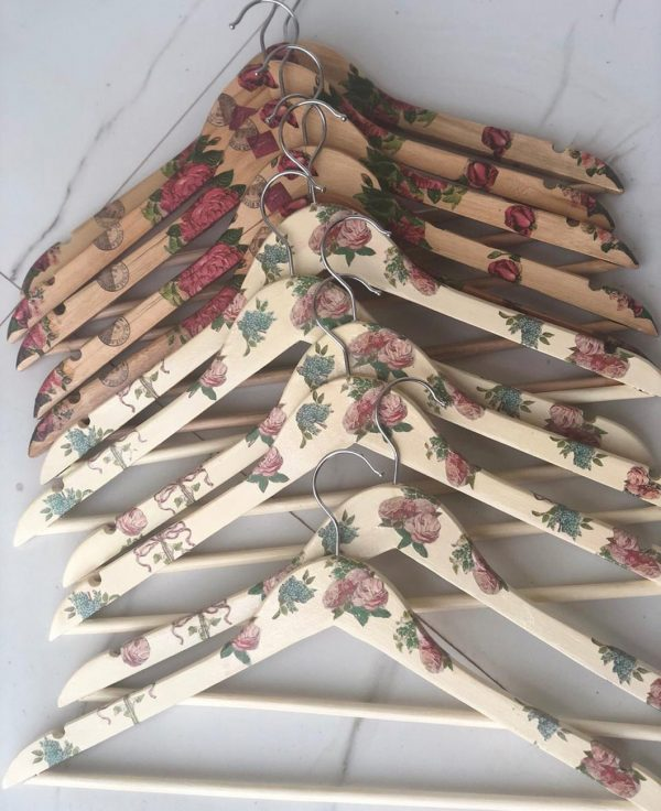 Buy-Decoupage-Wooden-Hangers-Lucknow