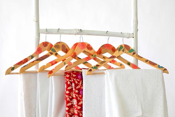 Handmade-cloth-hangers-Brio-Art-House-Lucknow