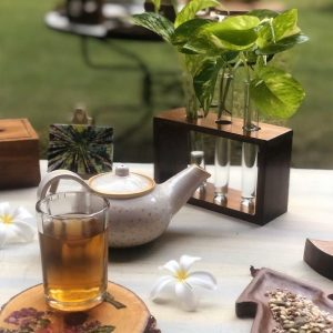 Handmade-Wooden-Table-Planter