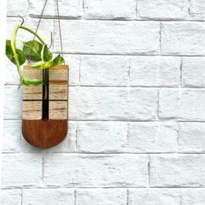 Wooden-Wall-hanging-planter