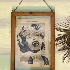 Marilyn-Monroe-Print-on-Sustainable-Art-Frame